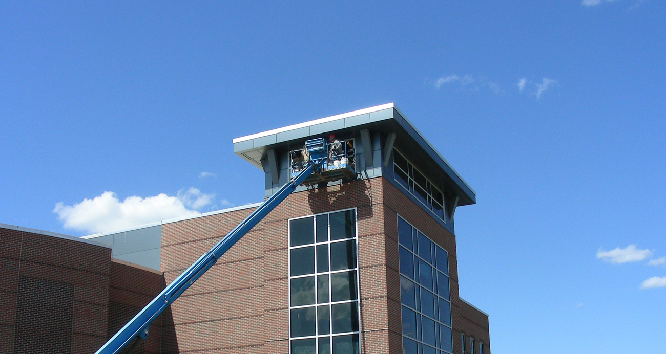Commercial exterior cleaning idw window and roof for 3999 roof